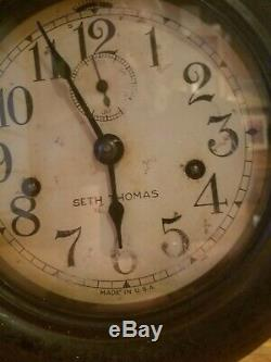 Early Seth Thomas Ships Clock Time & Strike No 10 Movement in Nice Bakelite Case