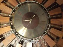 Mid Century Modern Seth Thomas Danish Sunburst Atomic-Style Wall Clock Wood