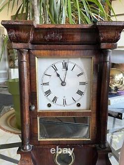 Seth Thomas Antique Shelf/Cottage/Mantel Clock With Columns
