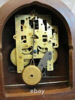 Seth Thomas Lynton IW E514 Tambour Camel Back Shelf Hour Chime Clock