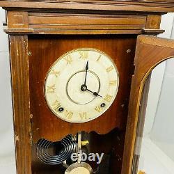 Vintage Seth Thomas Clock Co. Thomaston Conn. Windup Mantel Clock with Key