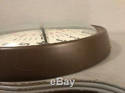 Vintage Seth Thomas E899-942A Electronic 24 hour dial clock Bugs Bunny RARE